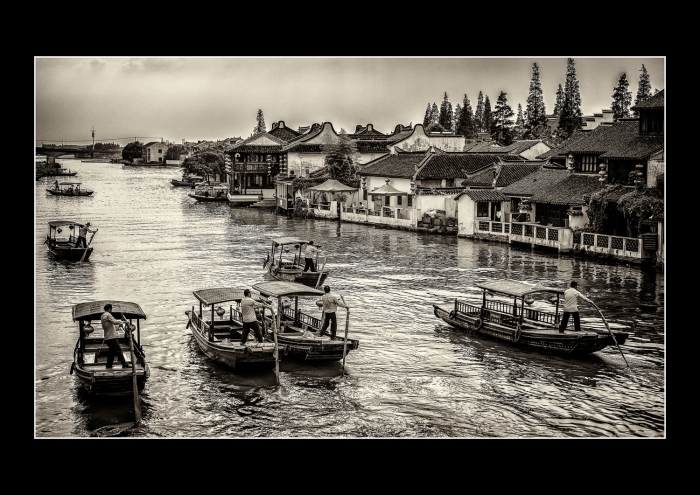 E-Moderne Gallerie's Contemporary Photography - The Chinese Venice - Zhujiajiao